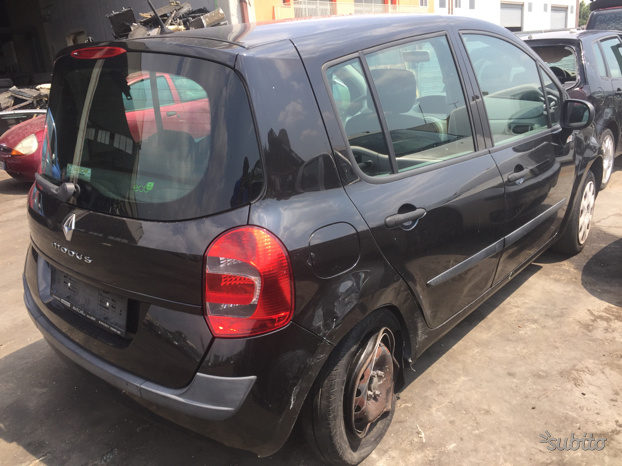 RICAMBI RENAULT MODUS completo